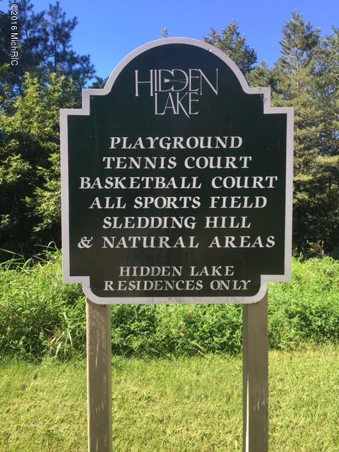 HL playground sign.jpg