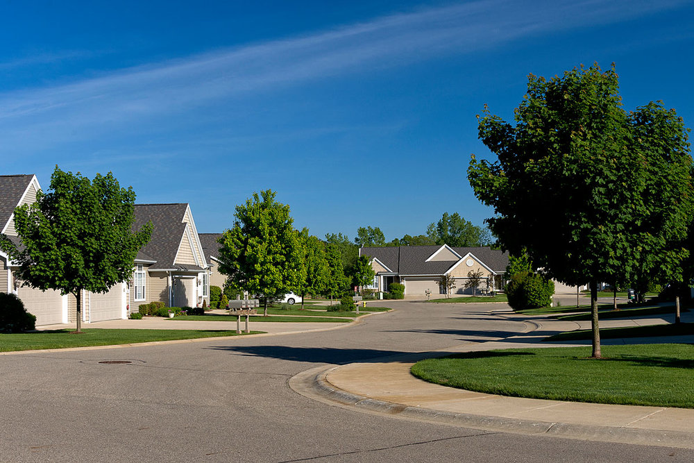 OH_Exterior_streets_ponds_trees (1).jpg