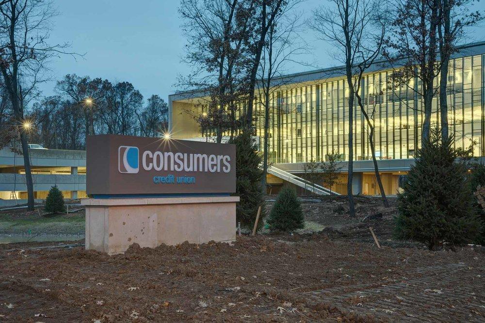 Exterior-5174-ConsumersCreditUnion-QuarterSize.jpg