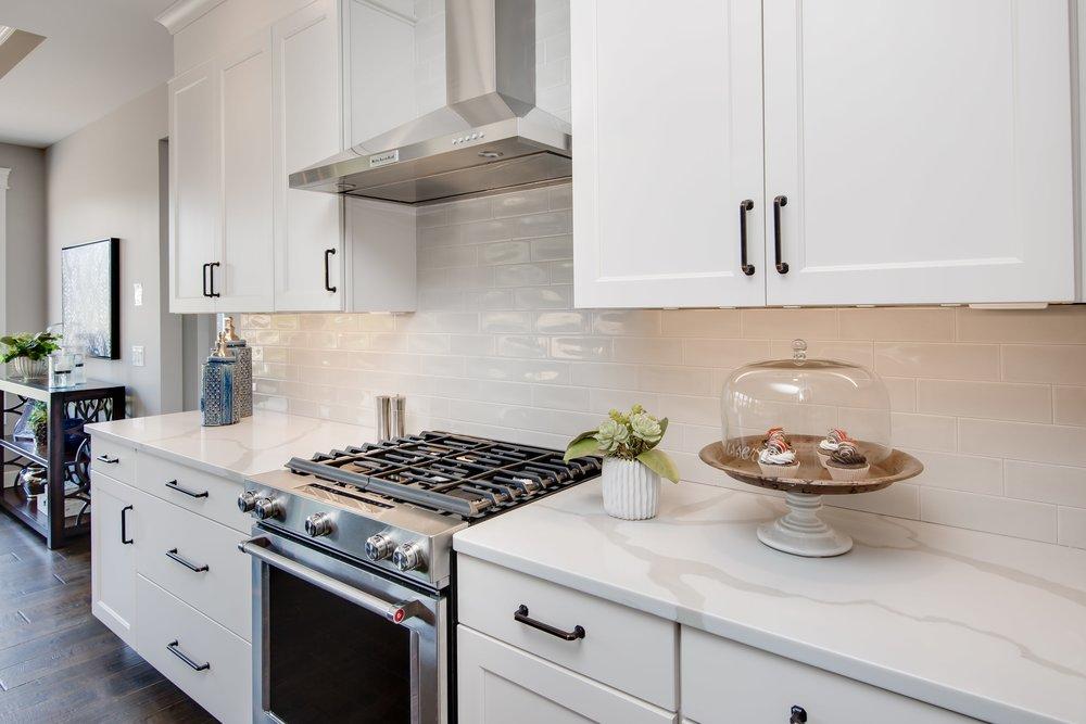 6 11 2018 WR-01-17-Lily_White Cabinets_Quartz_Ceramic Tile Backsplash-min.JPG