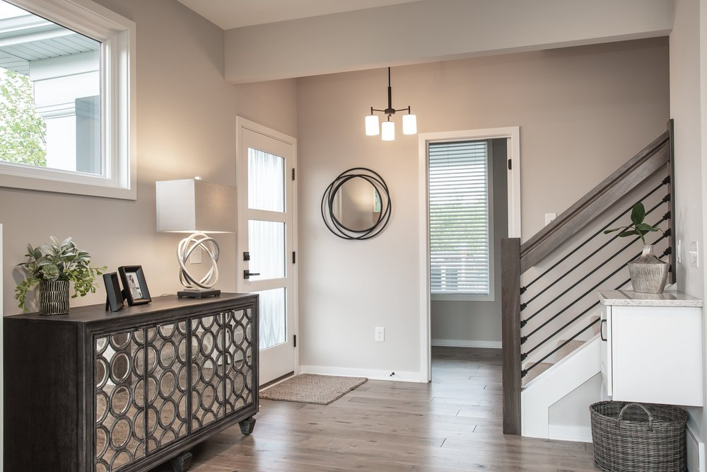 6 25 2018 TW-01-23-Anthracite_Foyer_Open Railing_Dropzone-min.JPG