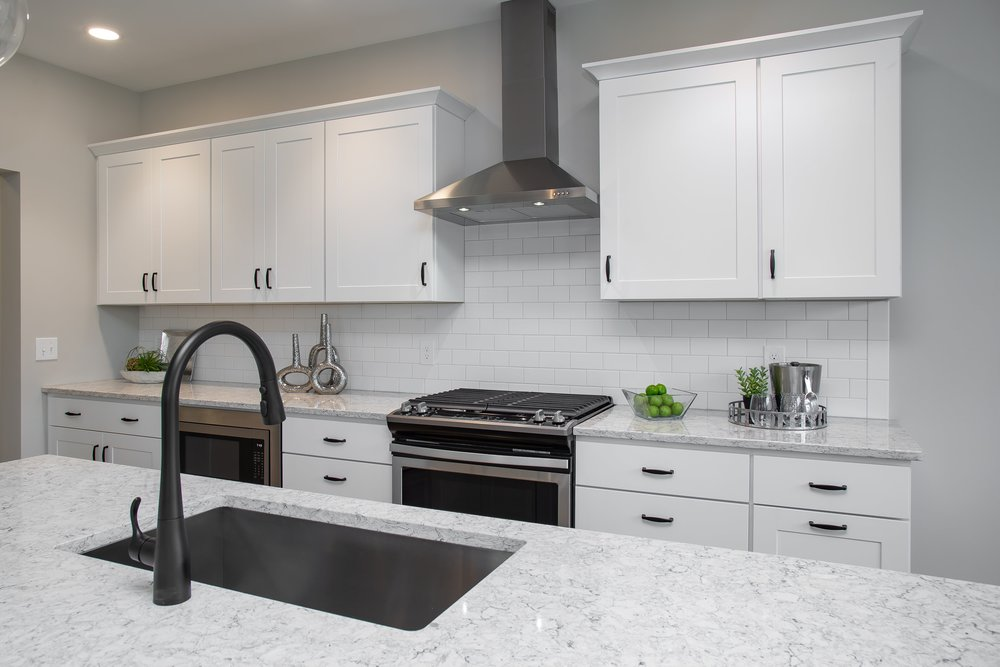 6 25 2018 TW-01-23-Anthracite_Kitchen_Quartz_Subway Backsplash_Stainless-min.JPG