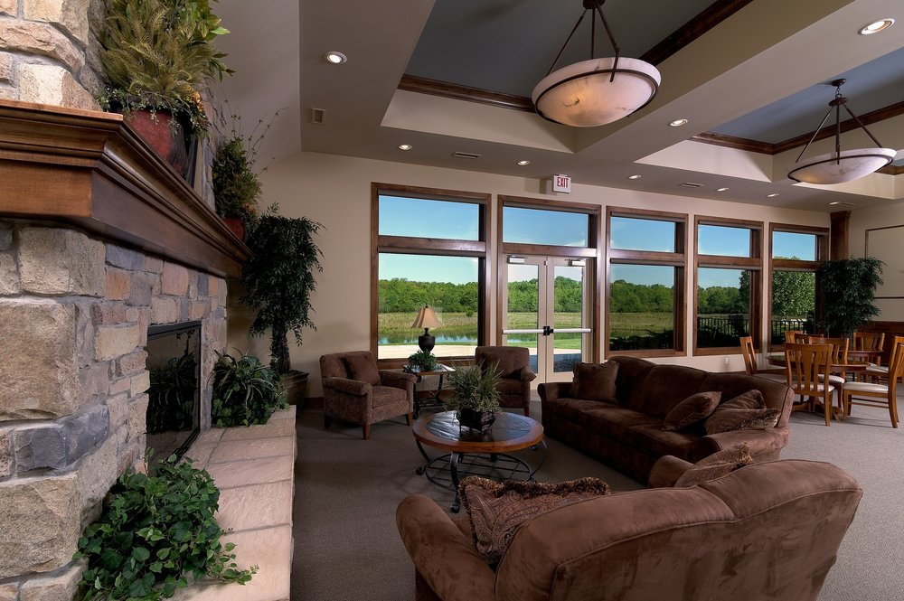Clubhouse_Lounge_Fireplace.jpg