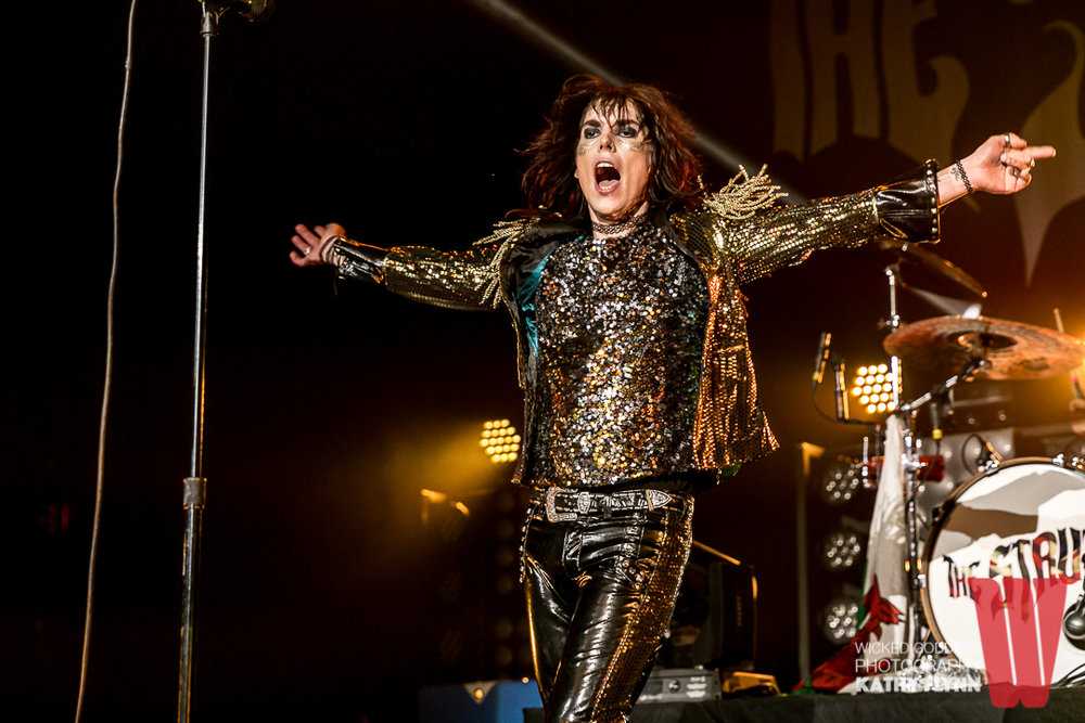 """I have been dying to shoot The Struts since they first came to the States.  I saw one of their first U.S. gigs at the Troubadour in 2015, where they shot to the top of my bands-I-want-to-shoot list due to their style and presence. The Fonda show, which was my fourth time seeing them live, did not disappoint.  The Struts are true rocks stars and put on a helluva show.  And they are incredibly fun to shoot."""