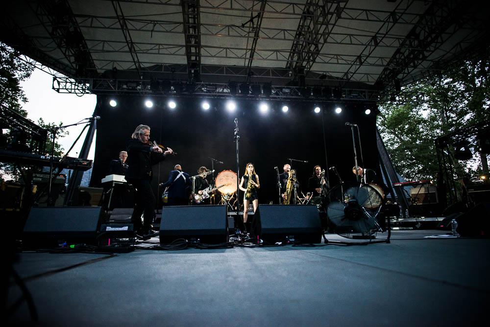 PJ Harvey by Edwina Hay-0061.jpg