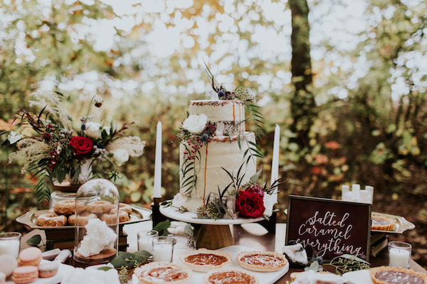 emily_hary_photography_earthy_luxe_fall_elopement_inspiration (39).jpg