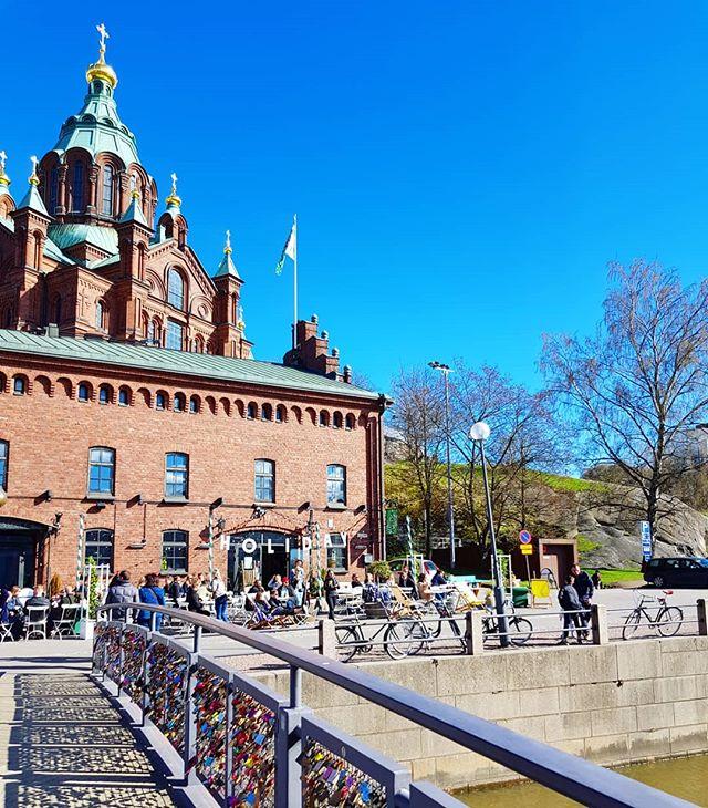 Weekend vibe in Helsinki.  @holidaybarhelsinki #saturdayfun