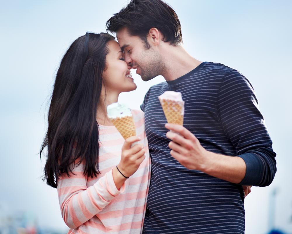 Bride_Groom_Couple_Ice_Cream