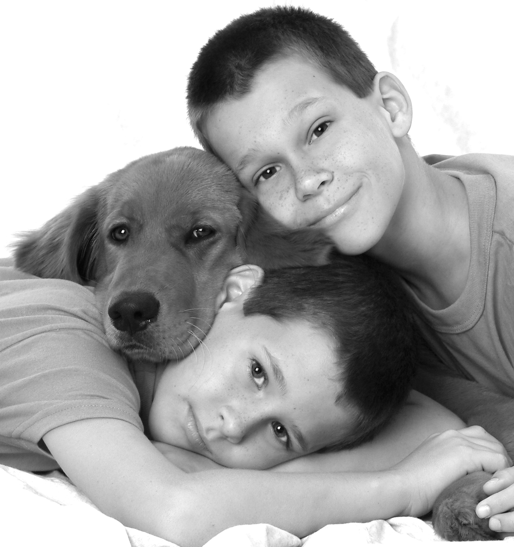 FEERO BOYS&DOG 3 copy copy.jpg