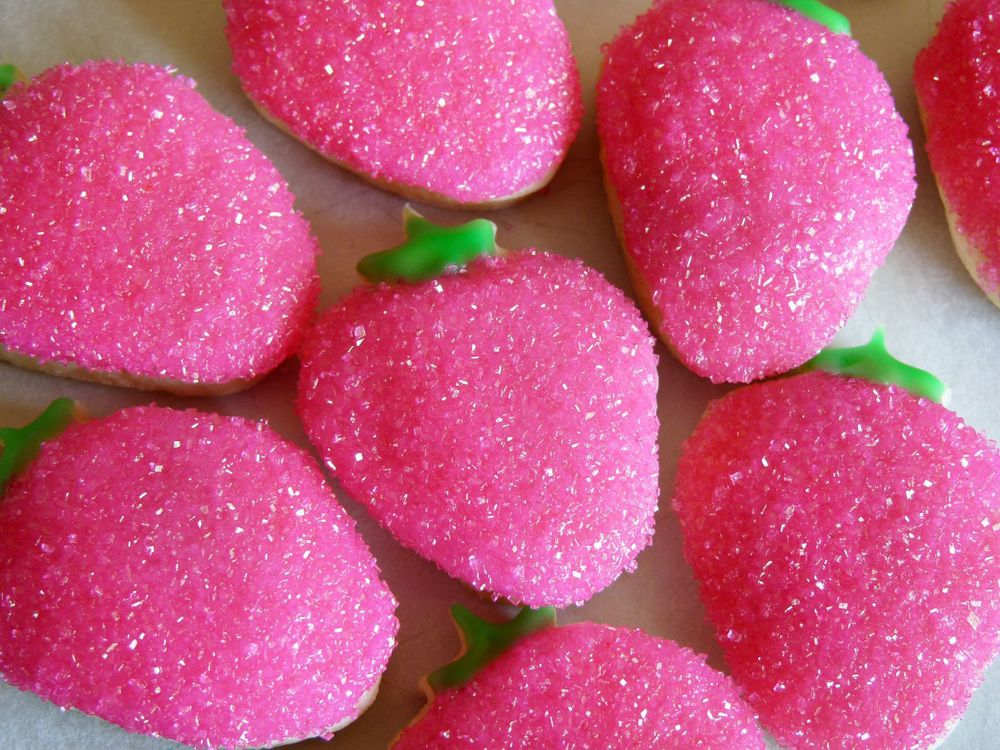 Confections21 - Strawberries Sugar Cookies.jpg