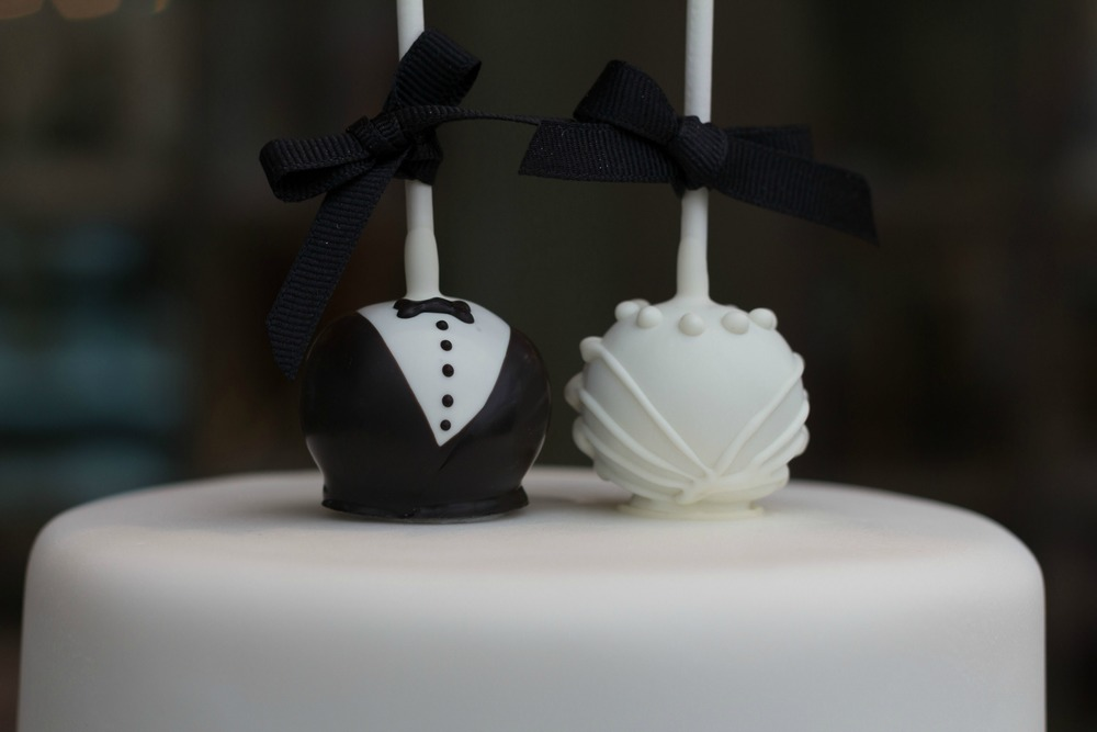 bride and groom cake pops.jpg