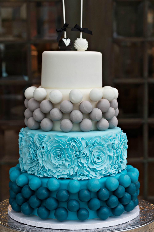 turq cakepop cake 2.jpg