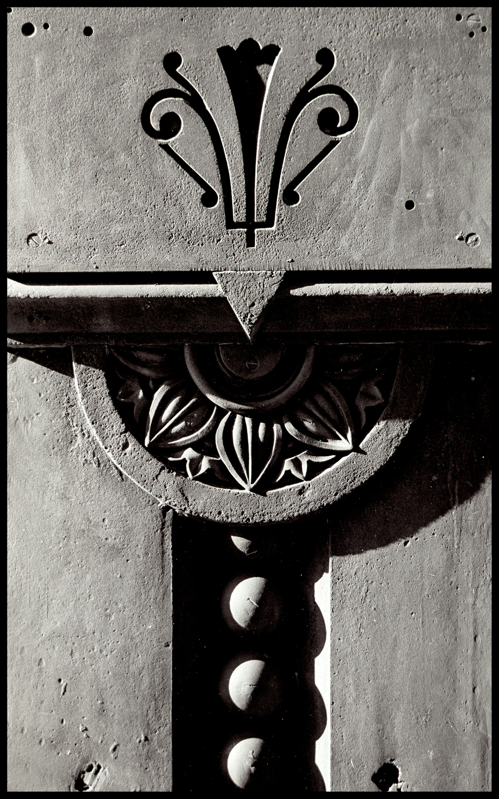 iron detail copySS.jpg