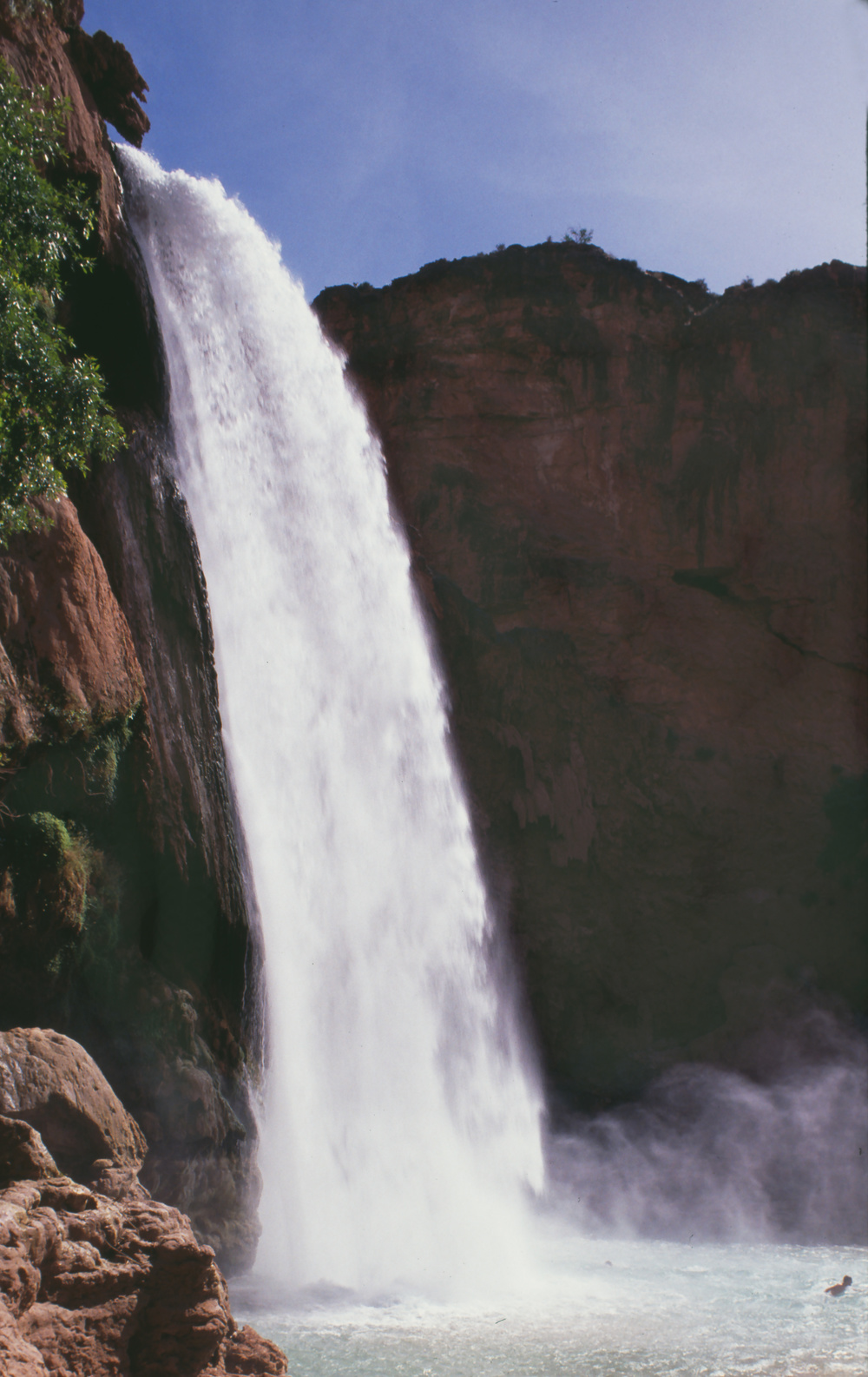 Havasu-falls-side-view-copy.jpg