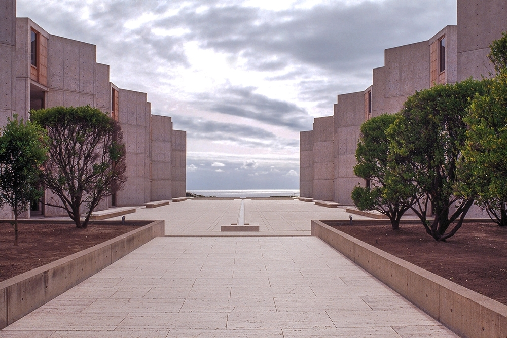SALK-INSTITUTE-FRONT-VIEW-copy.jpg