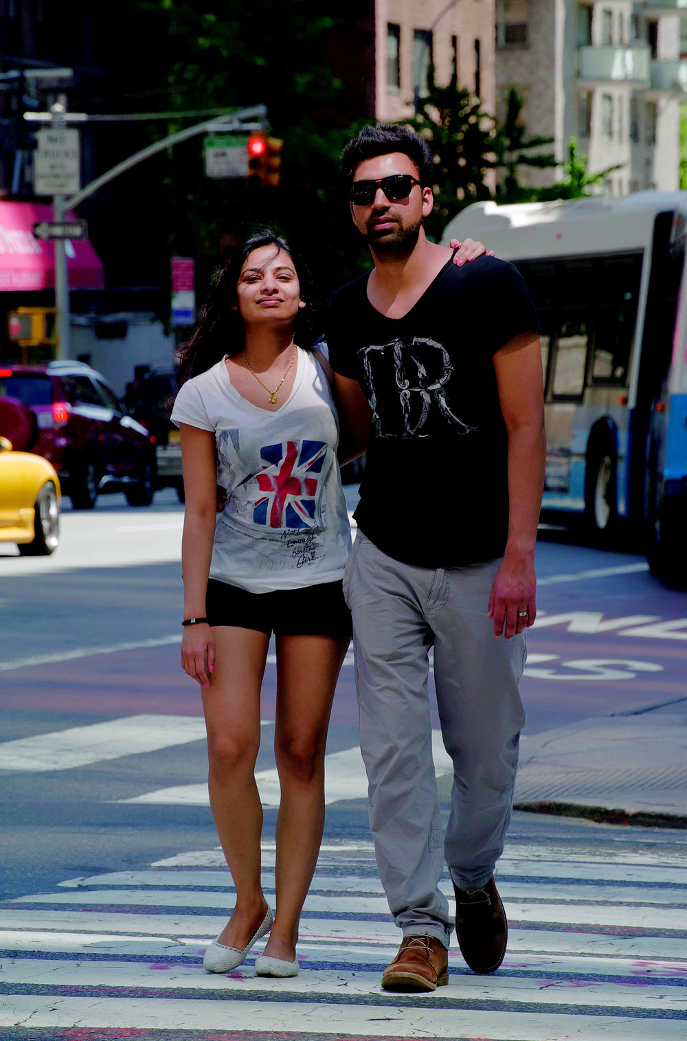 coolCoupleWalking5008.jpg