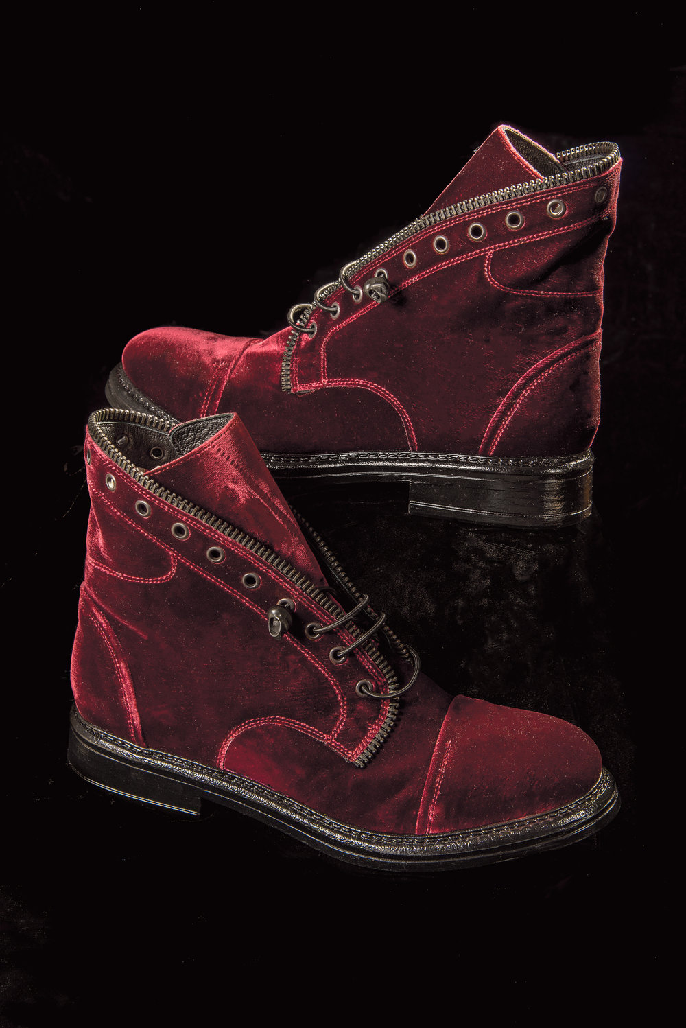 still-life-of-red-boots78.jpg