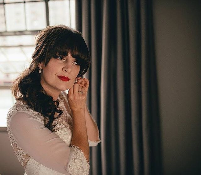 Another of my gorgeous bridal client @lucybowyeah shot by @lucygweddings Wearing my favourite #redlip #rubywoo by #maccosmetics
