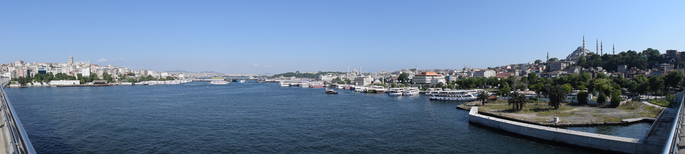 View of both sides of the Golden Horn