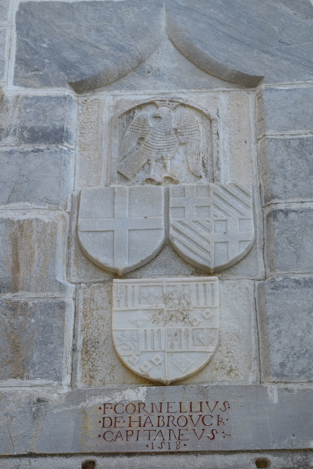 Crests relating to the Knights