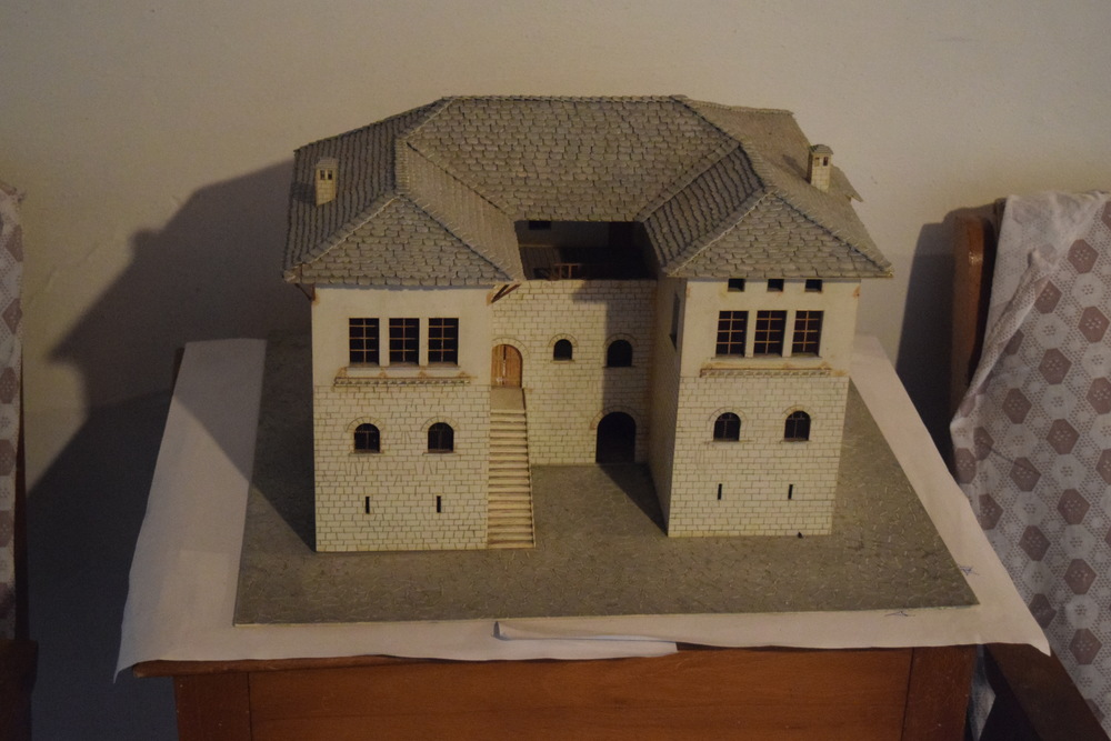 A model of the Skenduli House