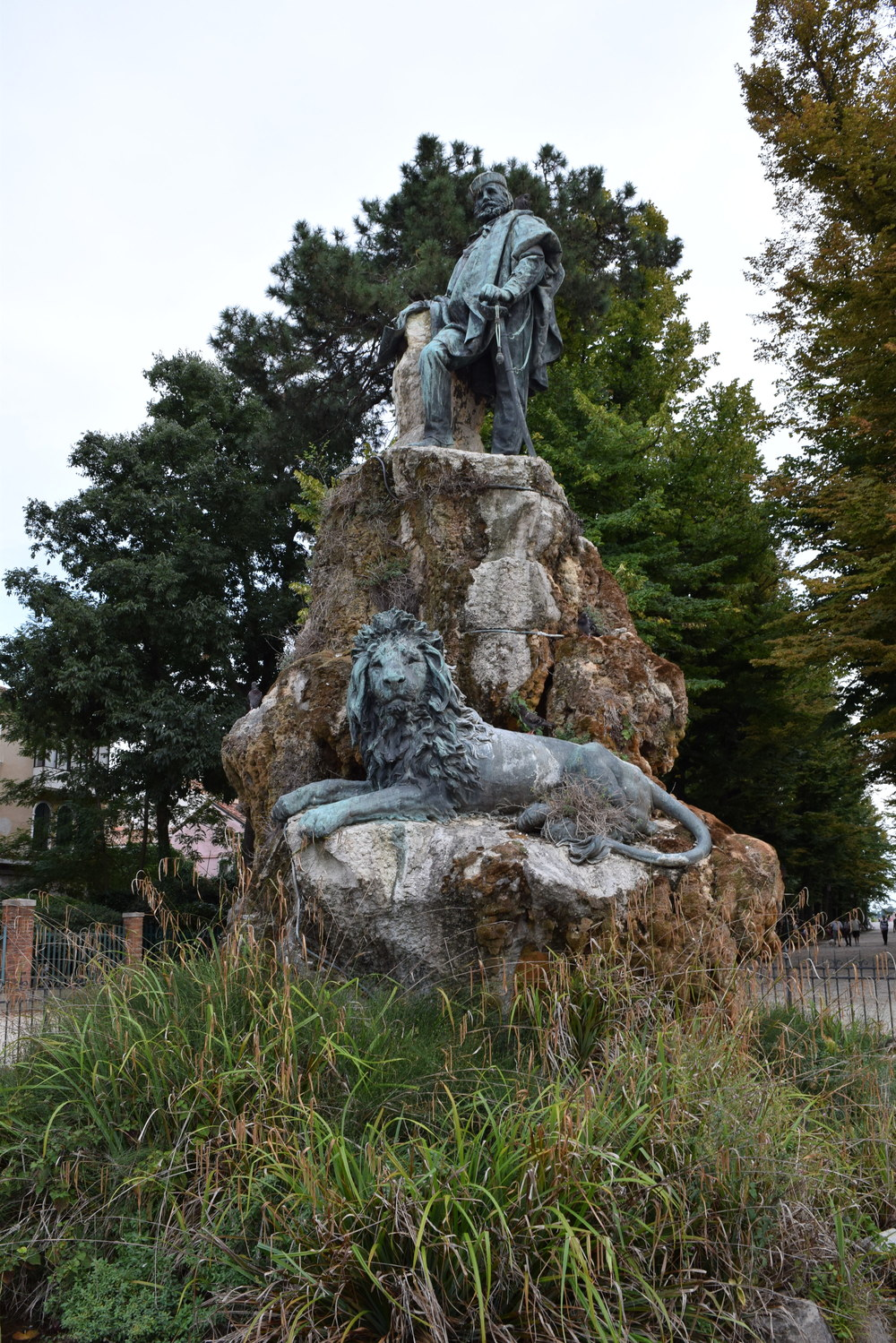 Statue at the edge of the Giardini Pubblici