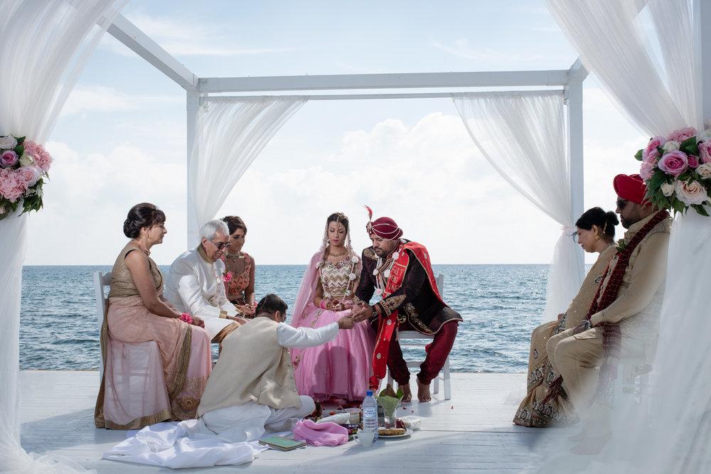 Hindu Destination Wedding Photographers Sikh and Dread