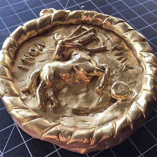 Medallion sculpture