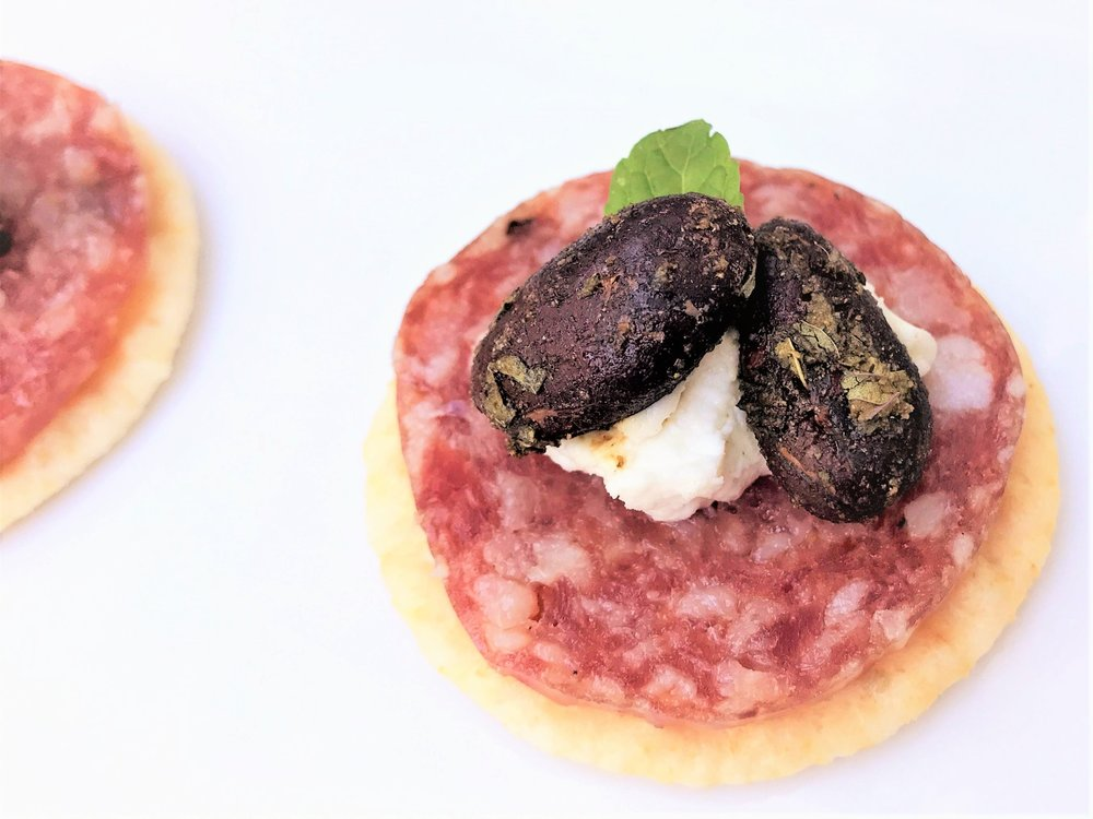 good-king-gourmet-snacking-cacao-joy-mint-goat-cheese-salami