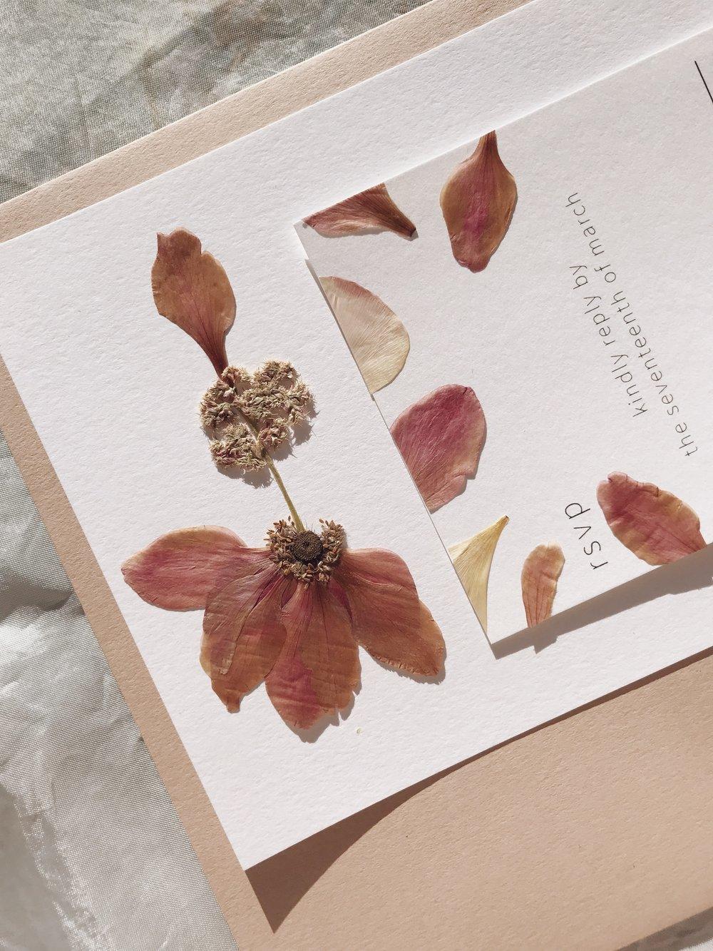 Minimal Collection Bridal Invitation & Pressed Flower RSVP Card