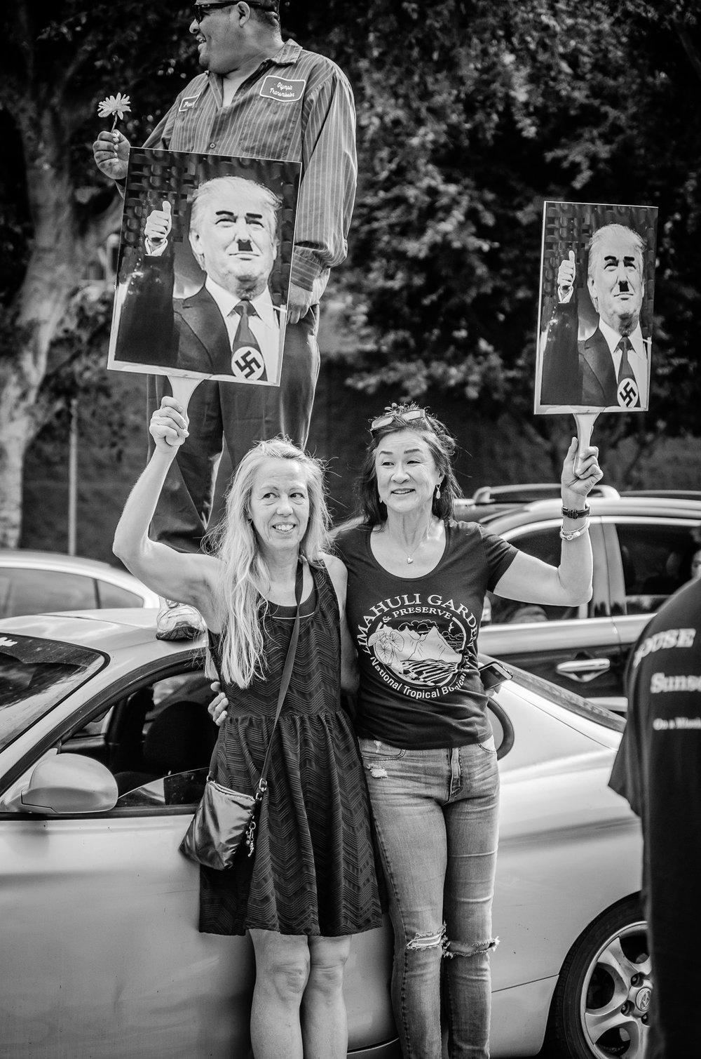 Protesting_10.jpg