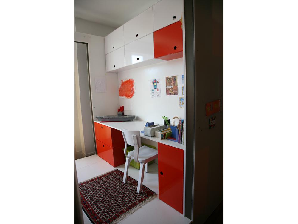 DaraMobil-Desk.jpg