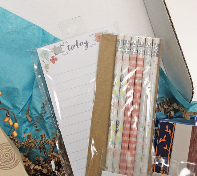 Hello Fall Happy Mail Swap Box & Treat Packaging by Laurie // rightathomeshop.com/blog