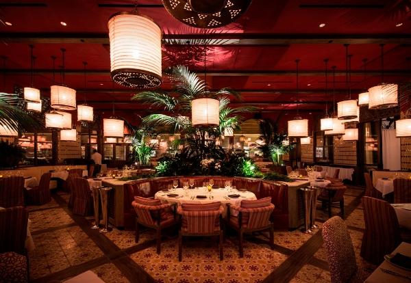 Red-O-Newport-Beach-Interior_Dining-Room.jpg