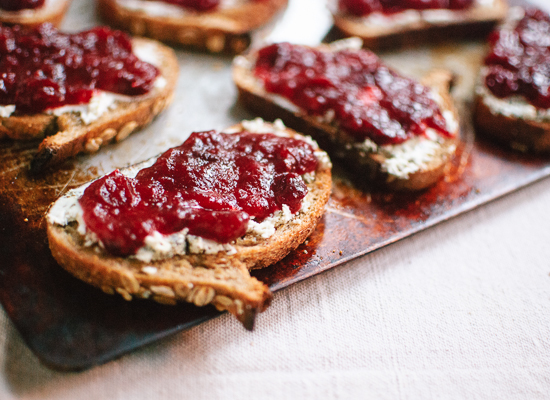 BAGUETTE with GOAT CHEESE and JAM