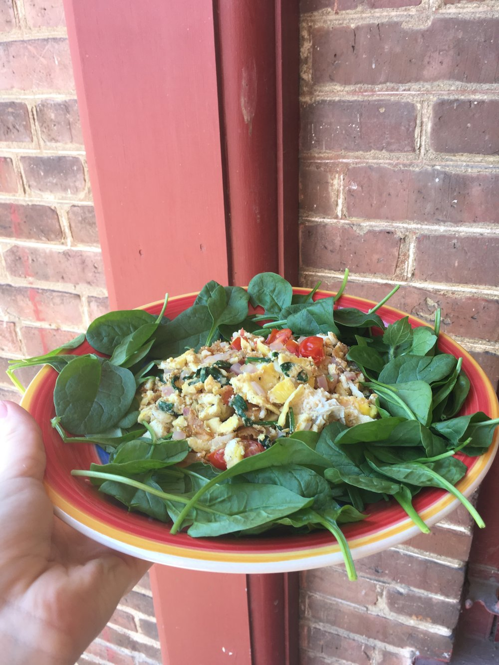 Scrambled Eggs with Spinach and Cherry Tomatoes
