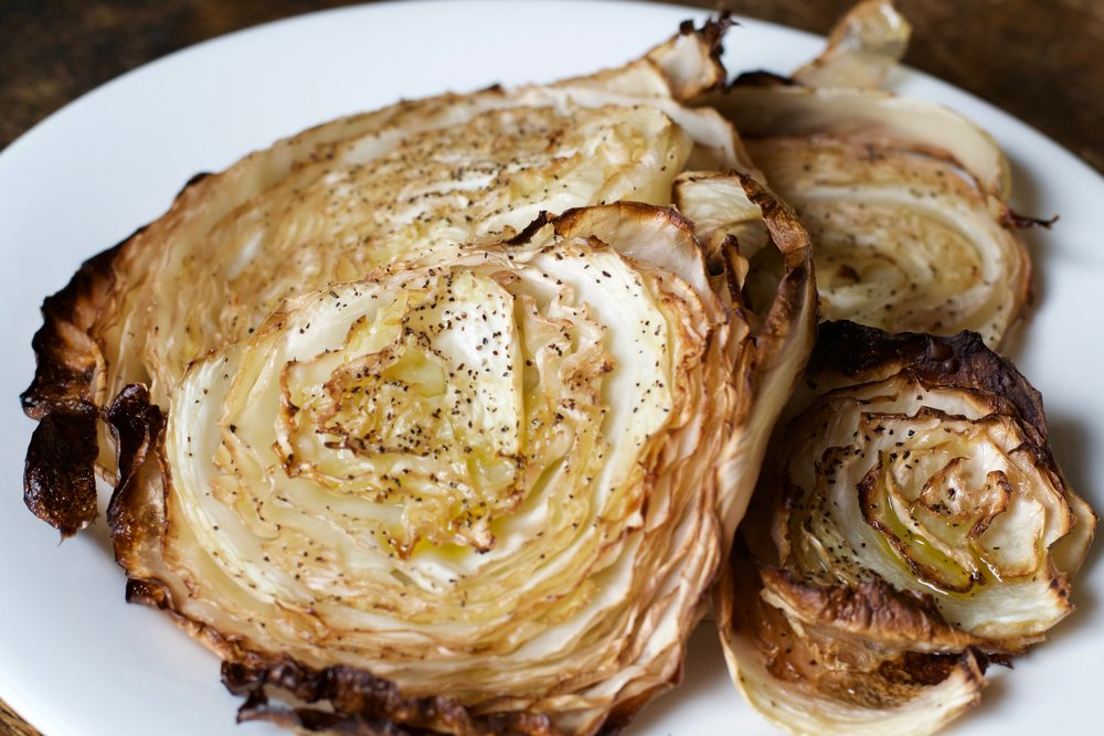 roasted cabbage slices