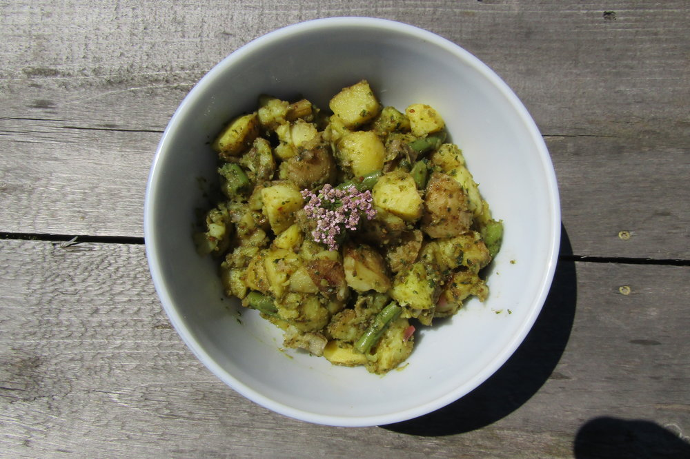 Green Bean and Potato Salad with Pesto or Fresh Herb Dressing