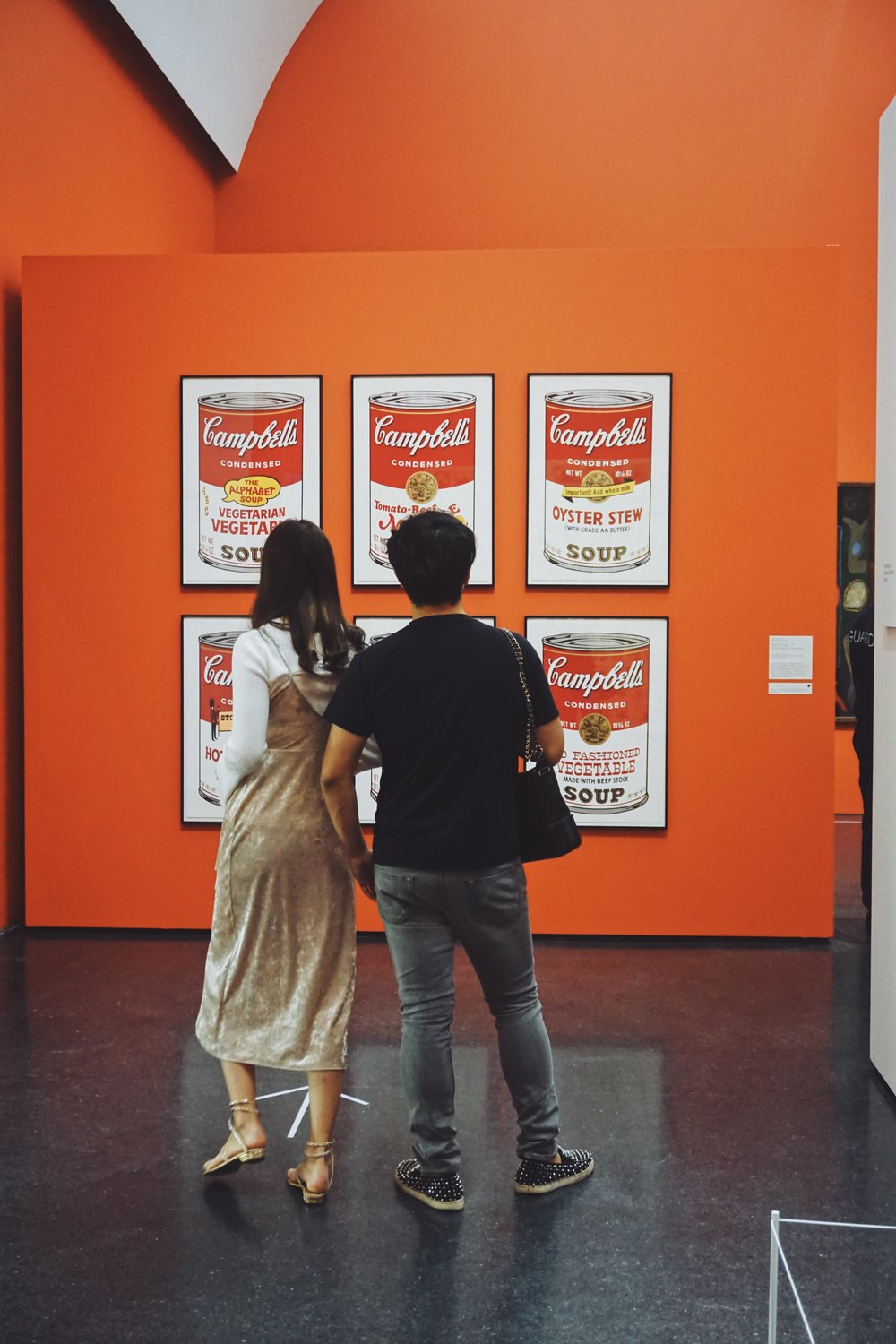 Andy Warhol.  Campbell's Soup Cans . 1962
