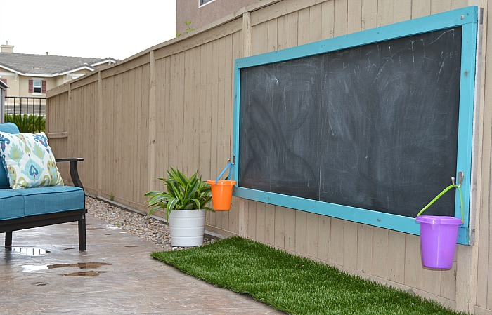 DIY-outdoor-chalkboard-after-3-years-5.jpg