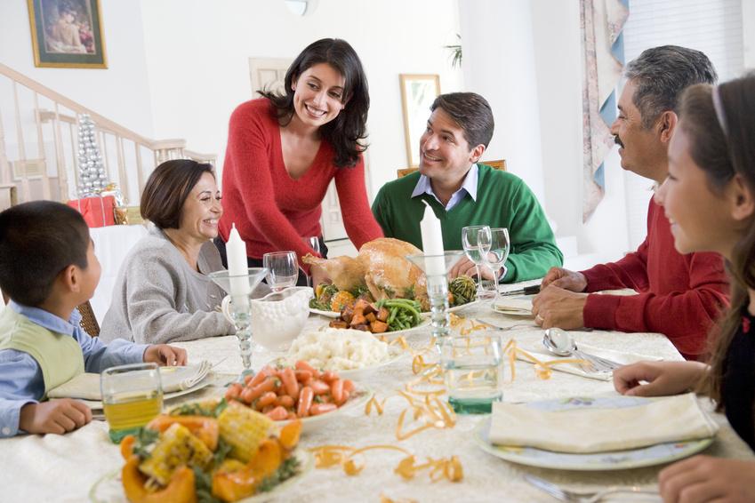 Family at Dinner_9214980_S.jpg