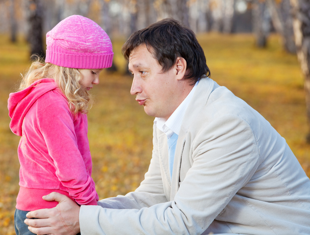 Father daughter talk_44275053_Subscription_Monthly_XXL.jpg