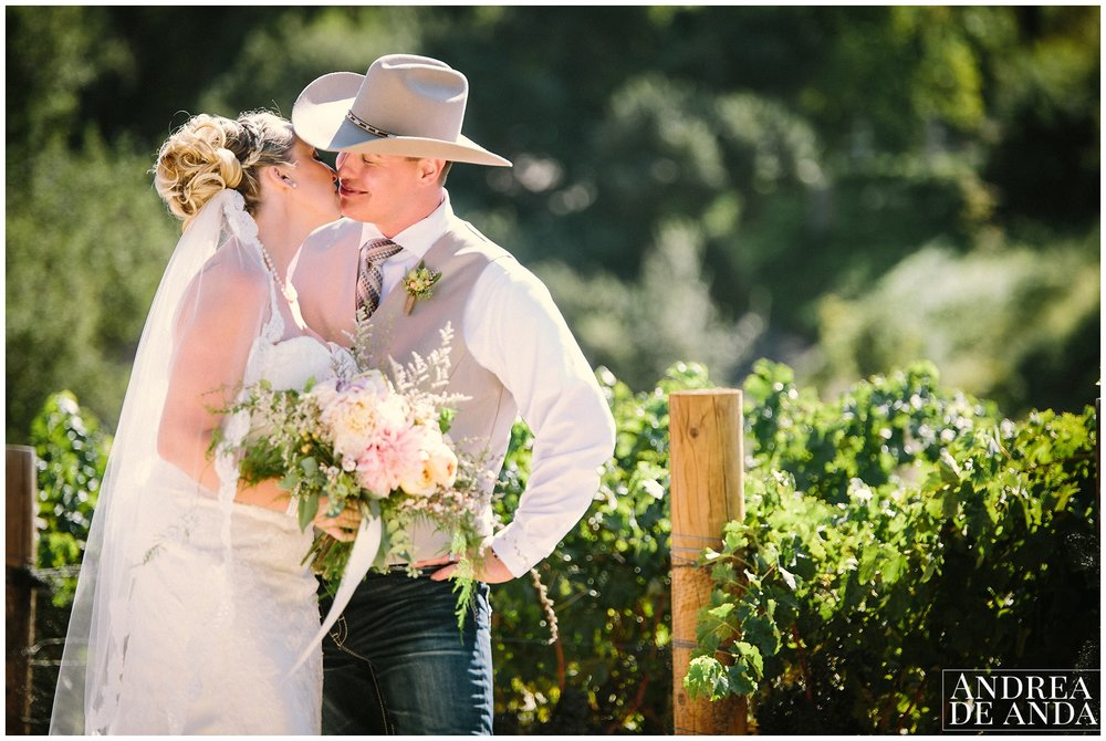 Santa Ynez Valley back yard wedding_Andrea de Anda Photography__0028.jpg