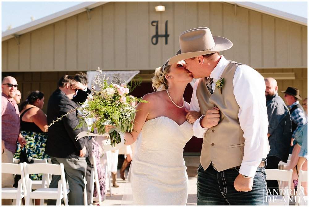 Santa Ynez Valley back yard wedding_Andrea de Anda Photography__0045.jpg