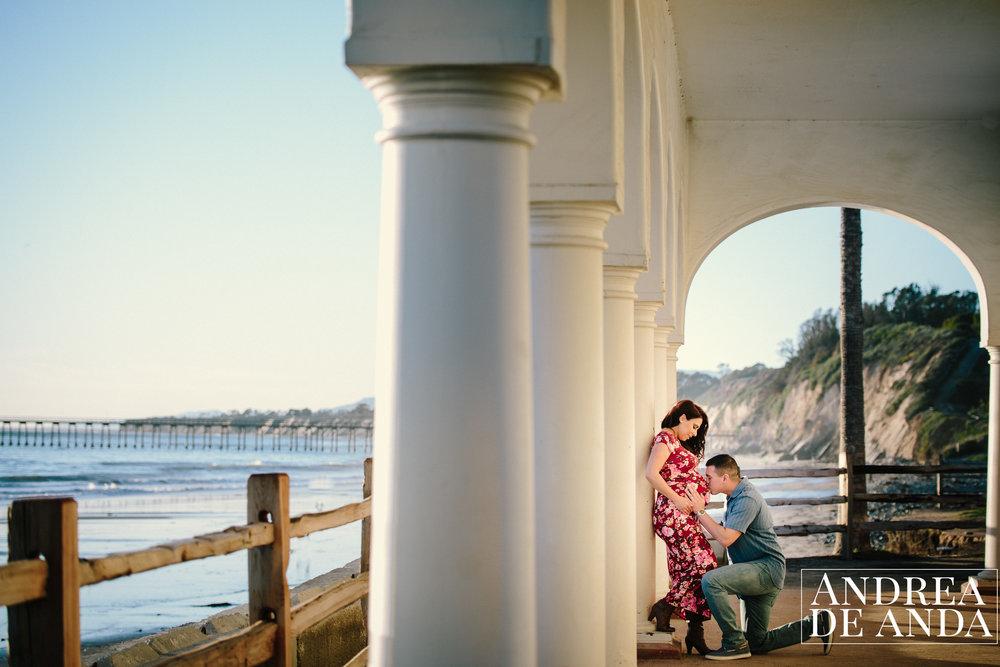Maternity session at Bacara Resort Santa Barbara by Andrea de Anda Photography