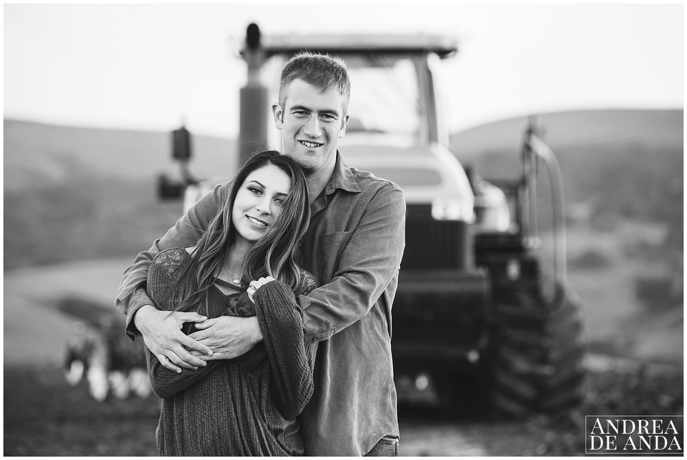 Orcutt Engagement session_Andrea de Anda Photography__0005.jpg