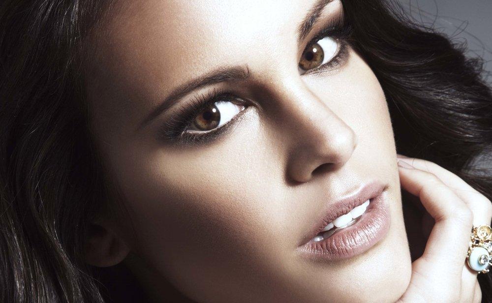 Model wears // Tiarna Lashwear //