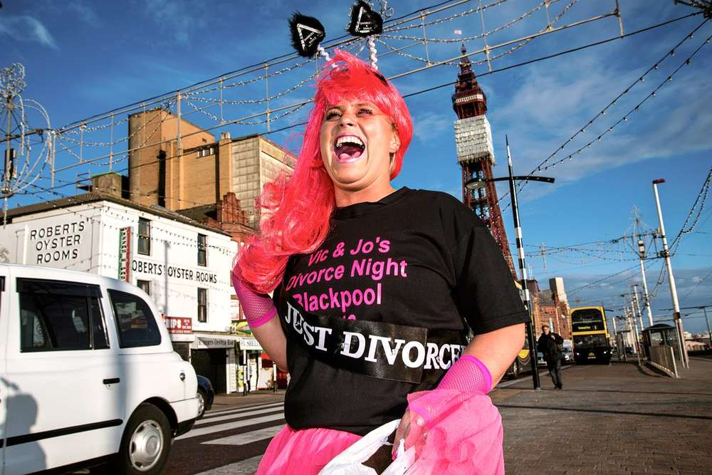 Blackpool 2013-divorced and single book.jpg