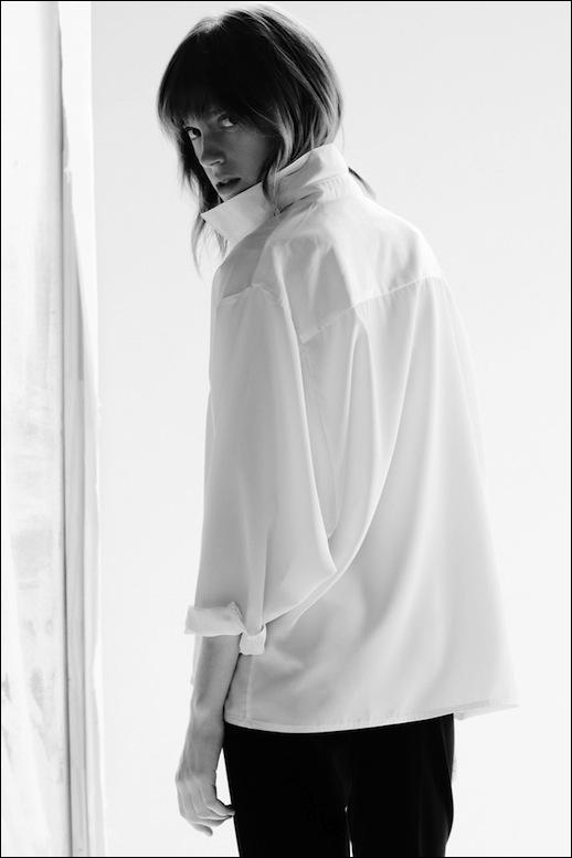 Le-Fashion-Blog-Lorca-Studio-Blanche-Blouse-Classic-White-Shirt.jpg