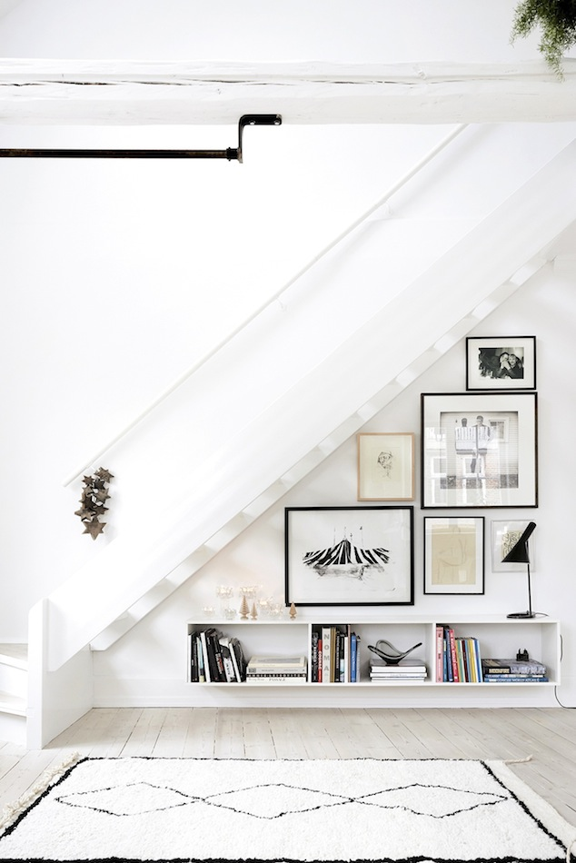Le-Fashion-Blog-Minimal-Interior-Design-Decor-Ideas-Under-The-Stairs-Staircase-Floating-Shelves-Shaggy-Moroccan-Rug-Via-Pia-Winther.jpg